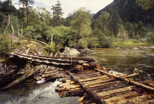 95 B 69 95a 1995 Bridge on Sacred Waters