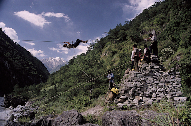 97 B 18 18 1997 TG Cable Crossing Yarlung